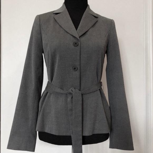 Saks Fifth Avenue Jackets & Blazers - Saks Fifth Avenue 3 button/Tie-waist gray jacket
